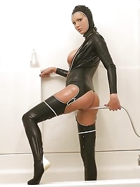 Hot Porn Star Hanna Hilton in latex