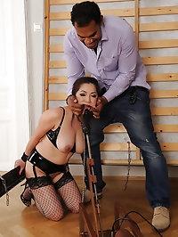 Midori Tanaka fucked with machine