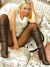 Jessie wearing a miniskirt with tan pantyhose