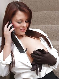 Phone sex gets this leather glove wearing babe so horny