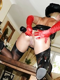 domme in nylon anal probed
