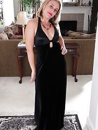 Blonde and elegant Chance from AllOver30 shows off some..