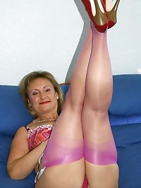 Mom looks wonderful in pink