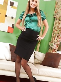 Kinky blonde secretary teases her way out of her tight..