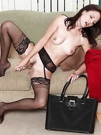 Business woman Danielle Reage loves to stuff her mature..