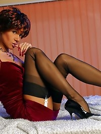 Sexy mom Lily in classy vintage stockings and high heels