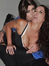 Horny tranny gives Nylon Janes ass a quick spanking
