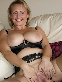 Mama has many dildos