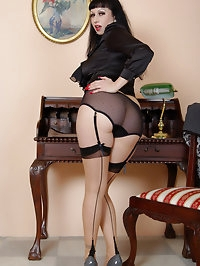 busty vintage secretary in stockings