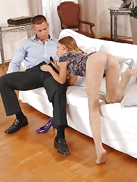 She freaks your rod with pantyhose