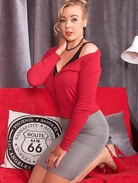 Join 60s look Sapphire in her slingbacks sheer RHT nylons..