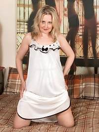 Slipping out of her nightie and then working her lusty..