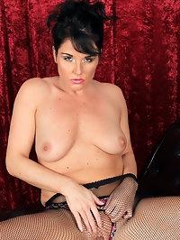 Sexy secretary Leah H