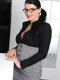Sexy secretary Sandra Nero serves up a tasty dish