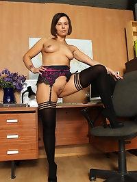 Sexy schoolteacher Jamie Ray