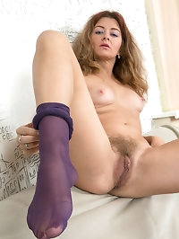 Hairy hottie Helen Volga