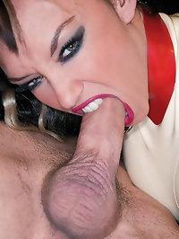 Kinky hot slut in latex loves it when a guy cums on her ass