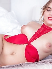 Teen Julia Red Debuts for Private with Anal and Squirting