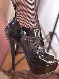 Horny Babes in Heels