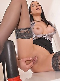 Horny Pleasures: Solo Latina Milf Fucks Her Huge Dildo