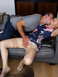 Naughty mature slut doing her loverboy