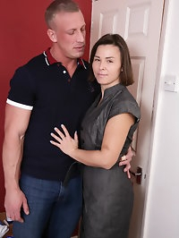 British housewife going all the way with her lover
