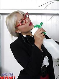 Hot Secretary starring Petra