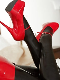 natalia red black new