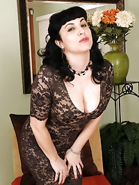Elegant and 42 year old Claudine from AllOver30 spreads..
