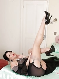 Shay Hendrix - An evening of seduction!