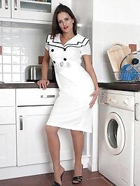 Valantina - All the nice guys love a sailor girl!