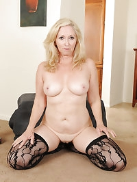 57 year old Annabelle from AllOver30 looking sexy in her..