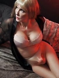 Nylon Jane has some gorgeous pantyhose on and a strapon..