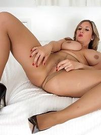 Jenny - Naughty nude hose!