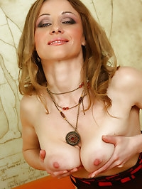 Beautiful MILF Valerie from AllOver30 spreads her mature..