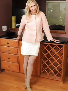 Elegant Stockings Pics