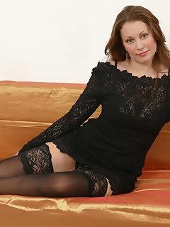 Housewife Stockings Pics