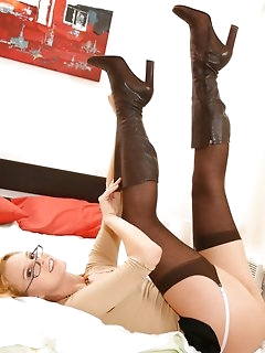 Tight Stockings Pics