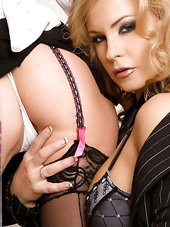 Piercing Stockings Pics