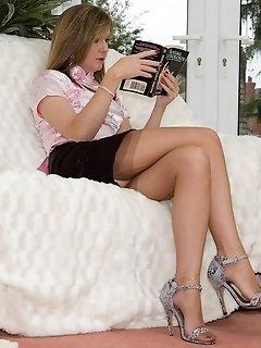 Lady Stockings Pics