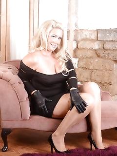 Kinky Stockings Pics